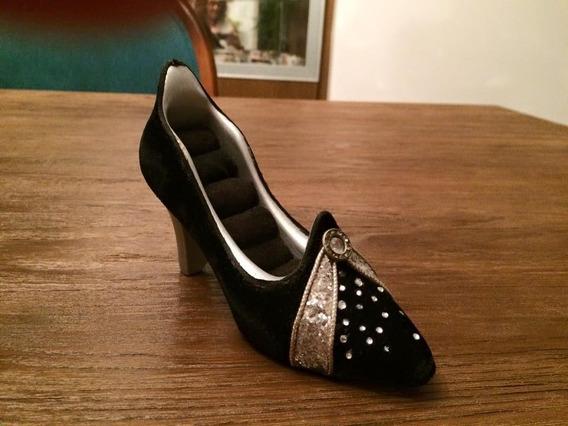 Porta Anéis Sapato Em Resina Forrado De Veludo Com Pedras