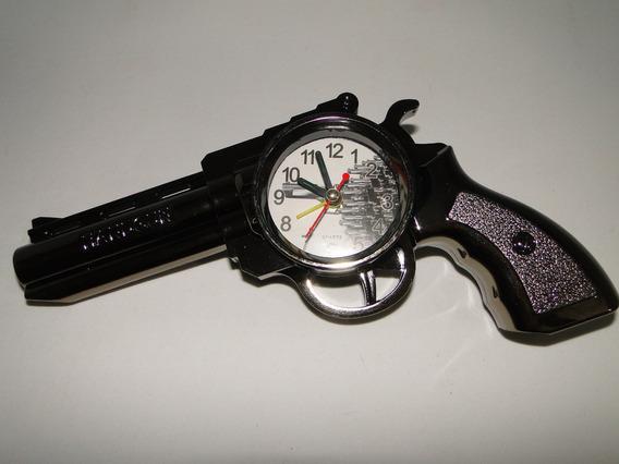 Relogio Despertador Decabeceira Formato Revolver Pistola