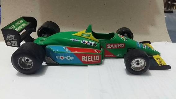Benetton Ford B188 - Burago - Escala: 1/24