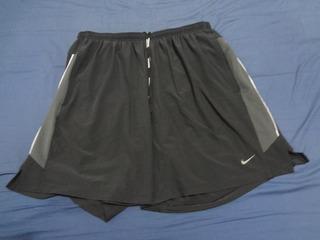 Short Nike Com Tecido Interno De Compressão Lindo