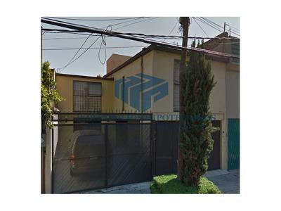 Casa En Lomas Estrella 2da Secc-iztapalapa