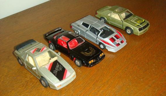 Lote Com 4 Miniaturas De Carro Em Metal 1:43