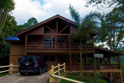 Vendo Casa En Jarabacoa Hermosisima