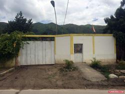 Casa Con Amplio Terreno Carretera La Victoria-colonia Tovar