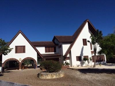 Casa Amueblada Y Remodelada En Cumayasa