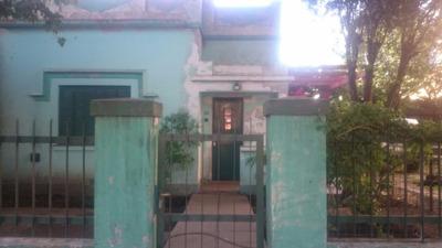 Enorme Casa Con Fondo Libre Y Taller !!!!!!