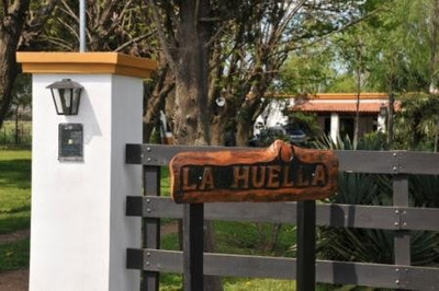 Casa Quinta Amueblada, Excelente Parque Y Pileta