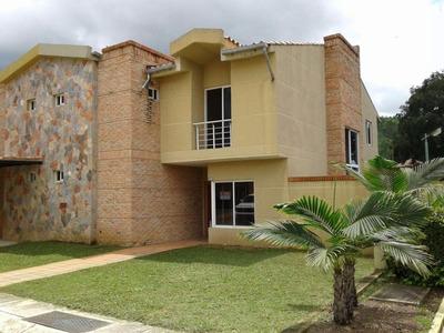 Rab En La Cumaca Solo Privilegiados Vendo Town House Nuevo