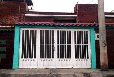 Casa La Española Bien Ubicada