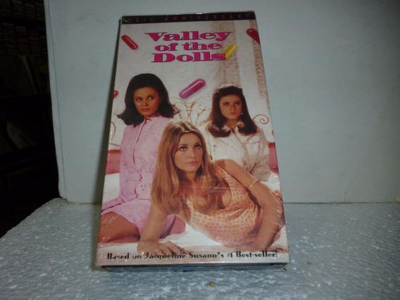 Vhs Valey Of The Dolls 1967-1995 - Importado