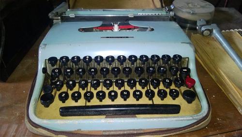 Maquina De Escribir Olivetti Lattera 22