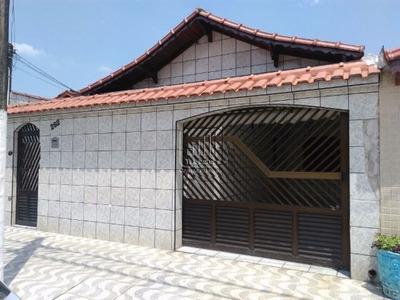 Casa Isolada Em Praia Grande, Bairro Samambaia.