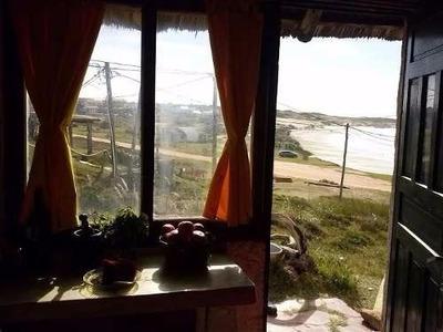 Punta Del Diablo Frente Al Mar
