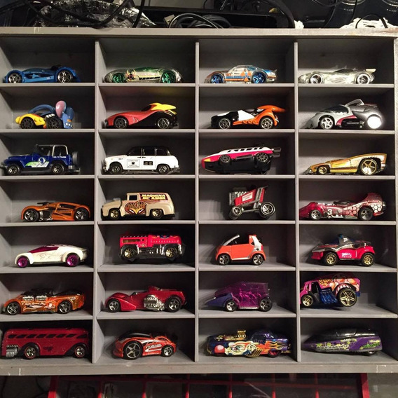Carrinhos Futuristicos 28 Modelos Diferentes. Metal Como Nov