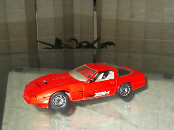 Carro Escala Corvette 1987 Majorette Escala 1/24 5v