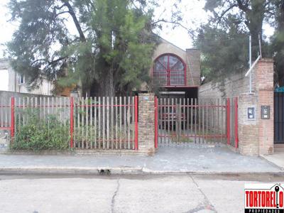 Casa En Venta De 4 Ambientes.san Antonio De Padua,lado Norte