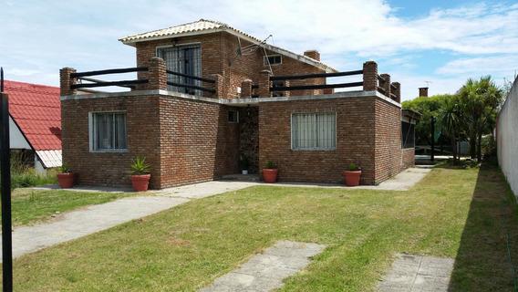 C/piscina.ideal 2 Familias. Piriápolis.a Pasitos De La Playa