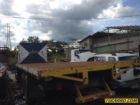 Chocados Camiones Ford Cargo 2632