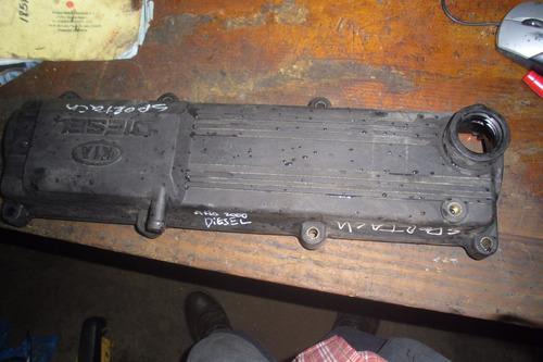 Vendo Tapa Valvula De Motor  De Kia Sportage Año 2000 Diesel