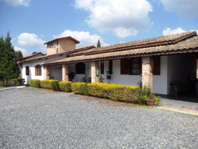 São Roque; A Terra Do Vinho, E Da Verdadeira Casa De Campo;