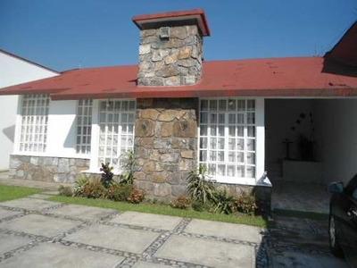 -- Rcv204e-287 -- Casa Habitación En El Centro De