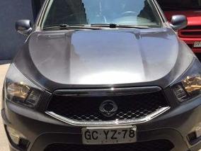 Camioneta Ssanyoung Sport 2014 Gris Con 56.000 Kilomentros