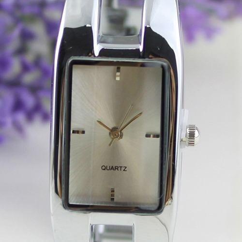 Relogio Feminino Luxo Bracelete Prata Fundo Branco Ba1128