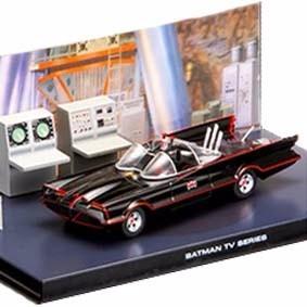 Miniatura Batmóvel E Diorama Batcaverna Escal 1:43 Novo !!