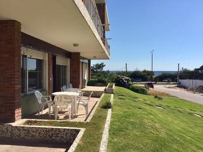 Apartamento Amplio A 1/2 Cuadra De La Playa Mansa P20