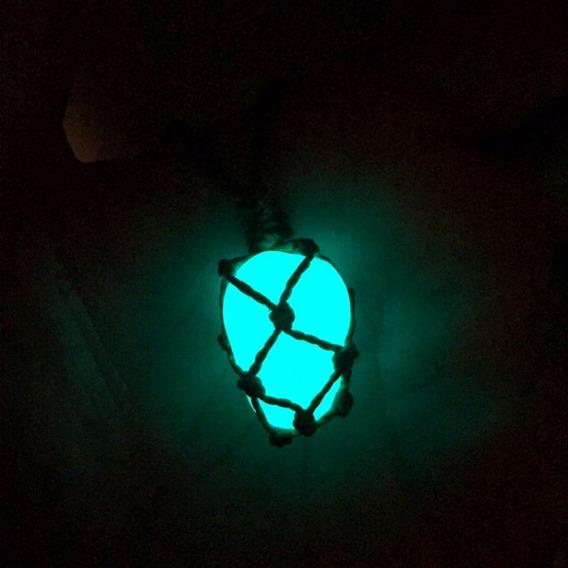 Colar Pedra Encantada (brilha No Escuro)