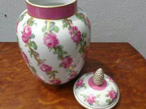 Un Potiche De Porcelana K.p.m. (meissen)impecable