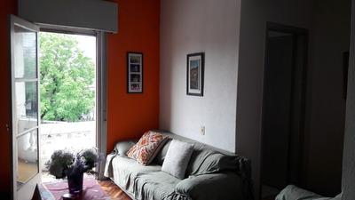 Apartamento De 2 Dormitorios Con Muy Bajos Gastos Comunes.