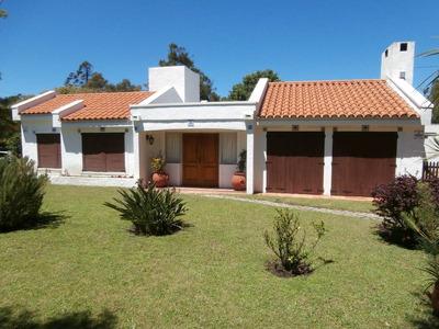 Casa Parada 38 De Mansa (capricornio Y Camino.a La Laguna)