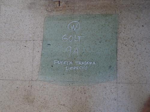 Vendo Vidrio Trasero Derecho Volkswagen Golf, Año 1994