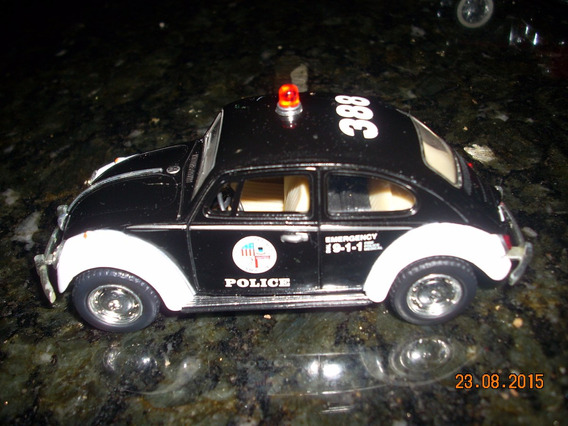 Miniatura Volkswagen Fusca Policia Esc. 1:36