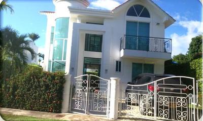 Casa Campestre En Venta En Melgar, Tolima 90148-0