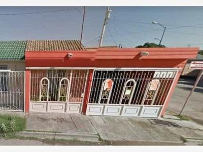 Casa Sola En Venta San Antonio