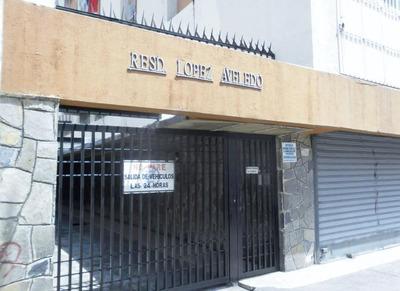 Apartamento En Venta En Maracay Zona Centro Cód:18-11305 Gjg