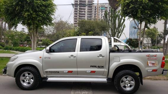 Toyota Hilux Acabados De Srv Ful