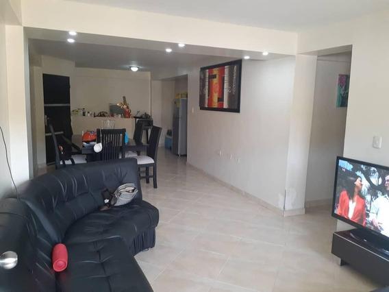 Apartamentos En Venta En Zona Centro Rg 20-18490