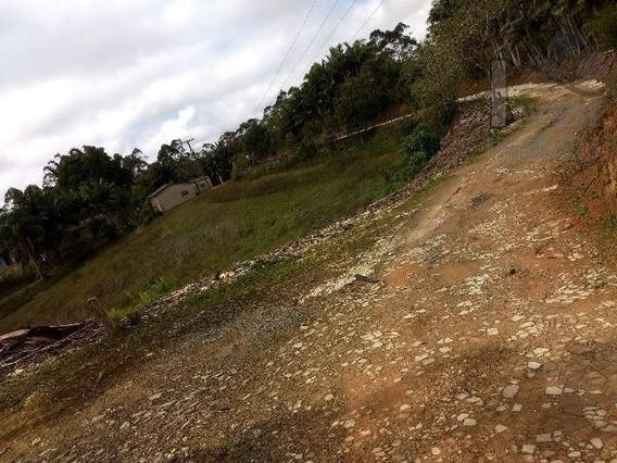 Cod 3747 - Lindo Sitio A 2 Km Do Centro De Tapiraí!!! - 3747