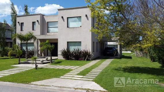 Moderna Casa En Barrio San Eliseo Country, Golf Y Hotel - Canning
