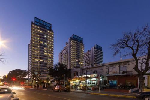 Alquiler 2 Dormitorios En Edificio Diamantis Plaza