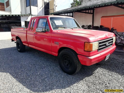 Ford F-150 Supercab 4x2 Sincrónico