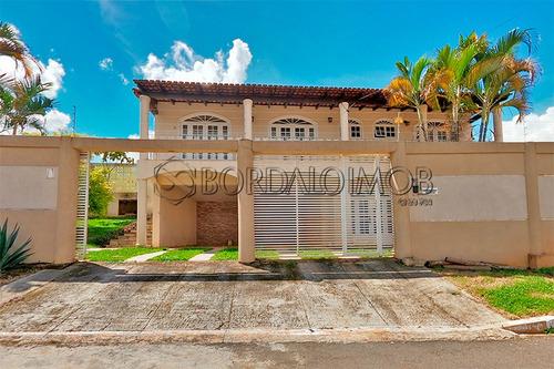 Shvp Vicente Pires  Casa Com 253m², 4 Quartos, 3 Suítes. Aceita Permuta Na Venda. Escriturada. - Villa127164