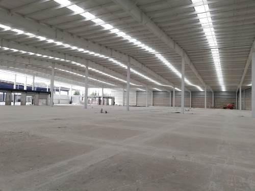 Id 25780, Bodega En Conjunto Industrial, Cuenta Con Todos Los Servicios, Oficinas En Mezzanine, Precio En Mn. Por M²,