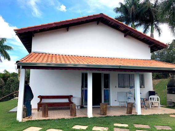 Edicula No Condomínio Porta Do Sol.