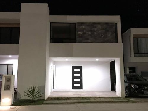 Casa En Renta Circuito De Los Girasoles, San Miguel