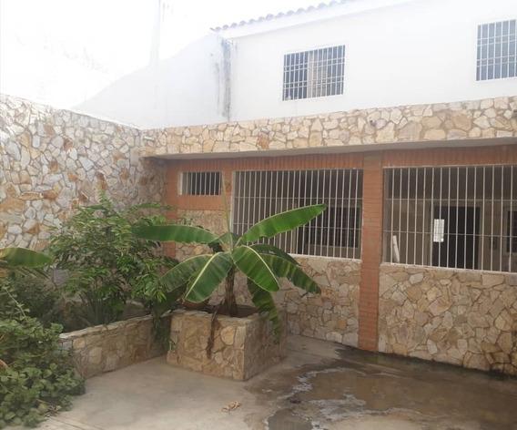 Town House En Puerto Cabello