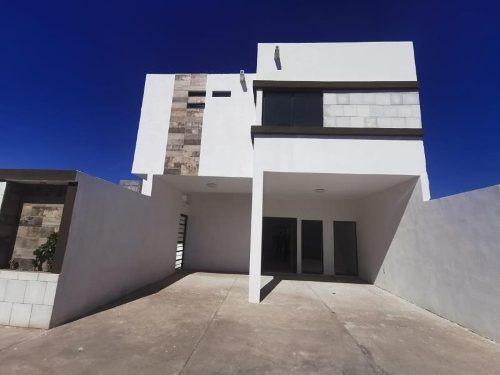 Casa En Venta En Fracc Los Arrayanes